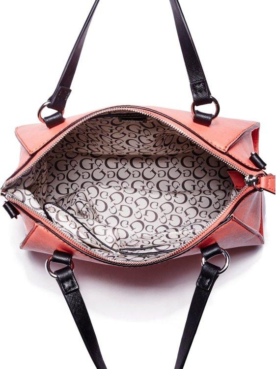 Dámská kabelka Guess Daly Saffiano- červená. X Image. X Image. X Image 4cf4341f23a